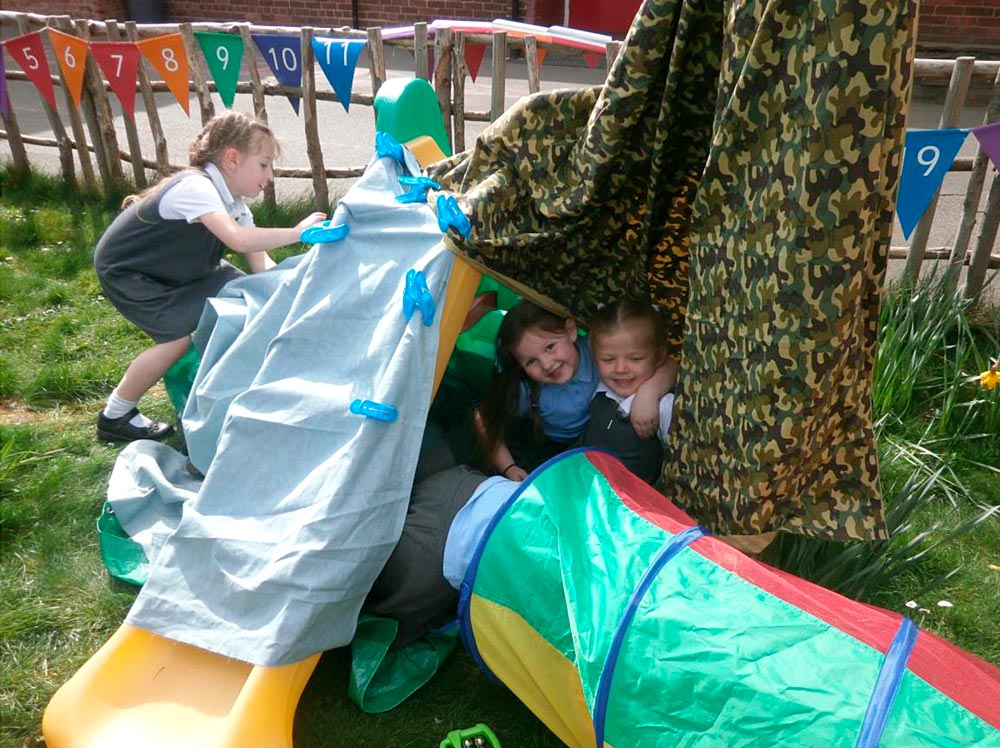 Look at the fantastic dens we made.